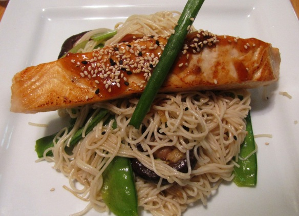 Somen Noodle & Salmon Teriyaki -- I made it with Munchery's ready-to-make meal kit in 15 minutes. A fast, easy, and fun experience.